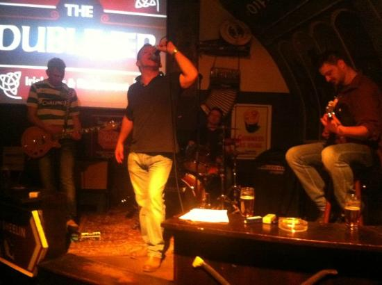 The Dubliner Irish Pub: Saturday Night Live Band
