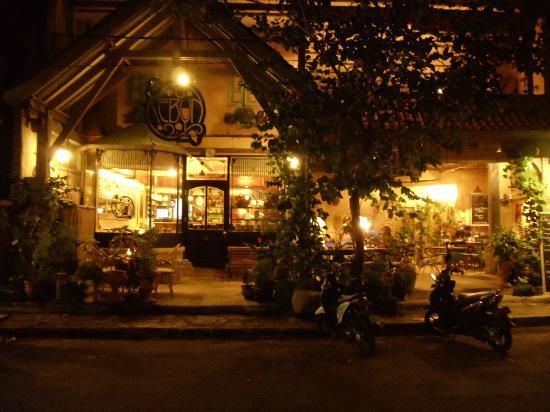 Kebun Bistro: view from the street