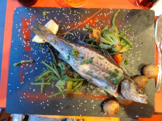 Loup de mer picture of la romantica les issambres - Cuisiner le loup de mer ...