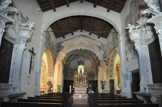 Chiesa di San Giorgio: .....in der Kirche ....