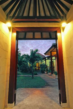 Aaliku Bungalows: filename__front entrance_jpg_thumbnail0_jpg
