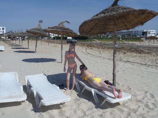 Marina Palace: пляж отеля