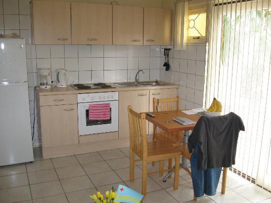 Camacuri Apartments Aruba: Het keukenblok