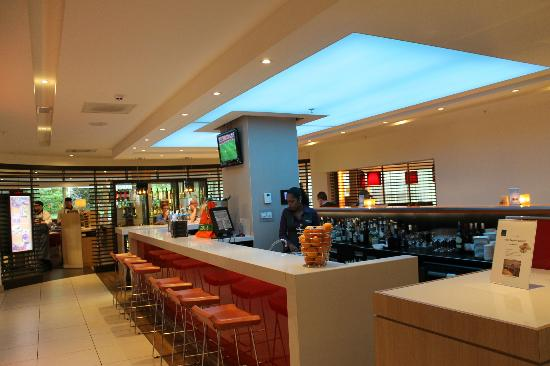 Novotel Rotterdam Brainpark: Bar