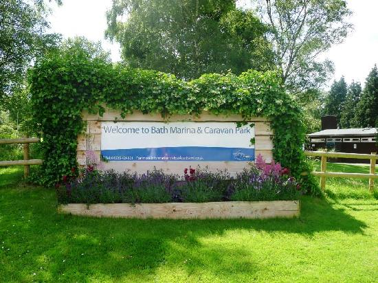 Bath Marina and Caravan Park: Welcome sign