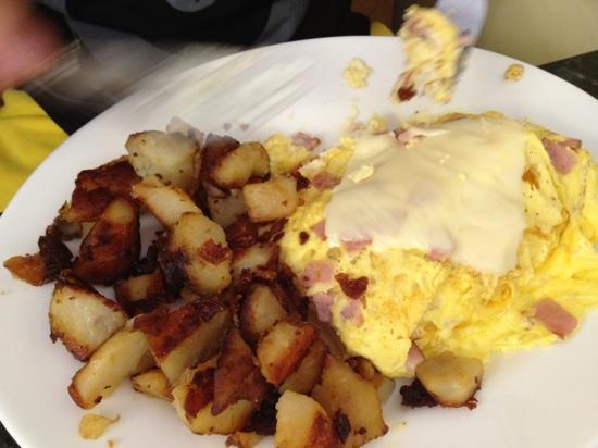 Cristy's Luncheonette: Canadian Bacon & Cheese w/ home Fries