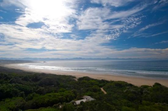 Plett Beachfront Accommodation: Beach