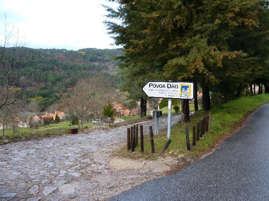 Povoa Dao: Entrada da aldeia