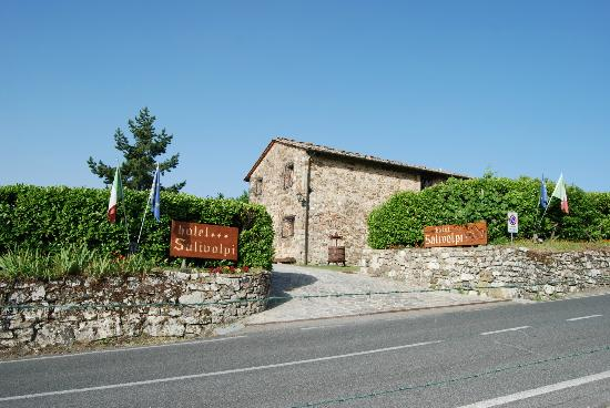 Hotel Colle Etrusco Salivolpi: Entry