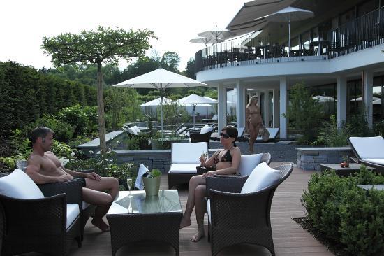 Wellnesshotel Golfpanorama: Terrasse im Aussenbereich im Wellnesshotel Golf Panorama, Thurgau, Bodensee, Lipperswil Schweiz