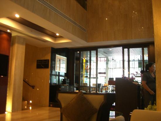 FuramaXclusive Asoke: レストラン