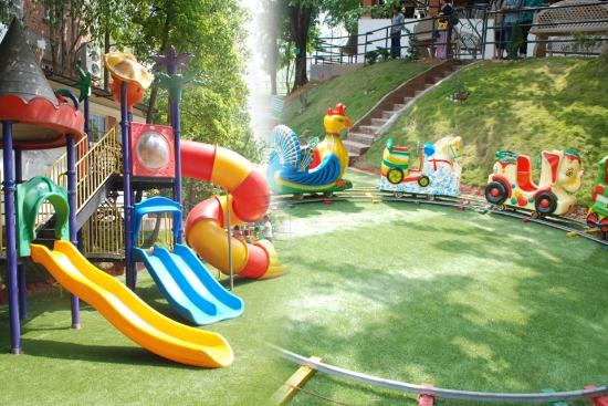 Hilltake Health Spa & Resort: Children's Park