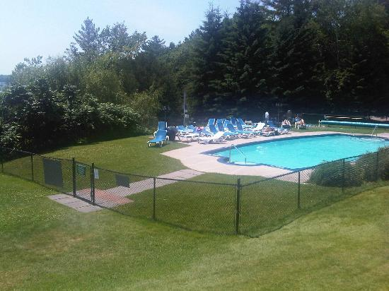 Windermere House Resort & Hotel: pool