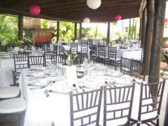 Jard n para eventos picture of marjaba cuernavaca for Cascadas para jardin