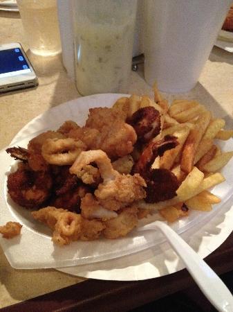 Combo Scallops, Cajan Shrimp, Calamari