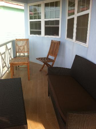 Arawak Beach Inn: Our balcony
