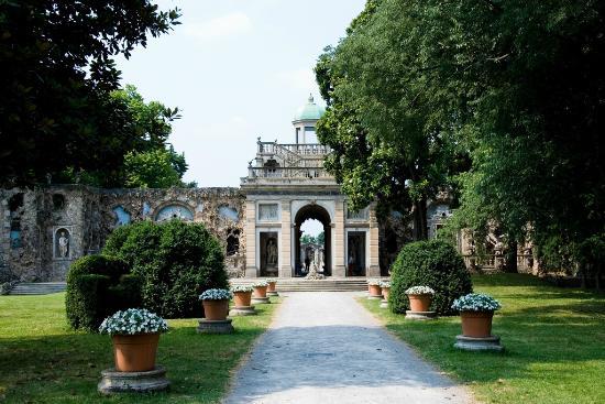 Lainate, Italia: Il Ninfeo