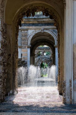 Lainate, Italia: Scherzi d'acqua a Villa Litta