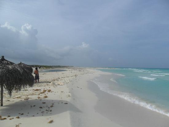 Playa Paraiso hacia la izquierda