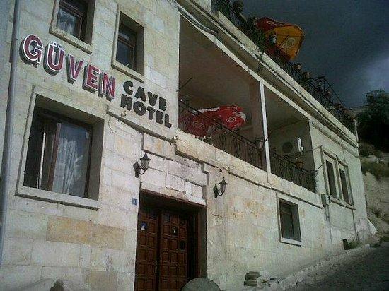 Guven Cave Hotel: Vista del hotel