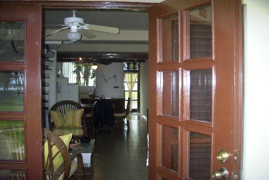 ‪‪Cabarete Beach House at Nanny Estates‬: the living room of A2 in Dec, 2007‬