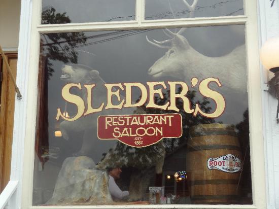 Sleder's Family Tavern: Sign outside
