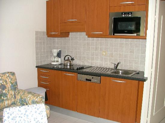 Residence Caesar Domus: Cuisine (appartement)