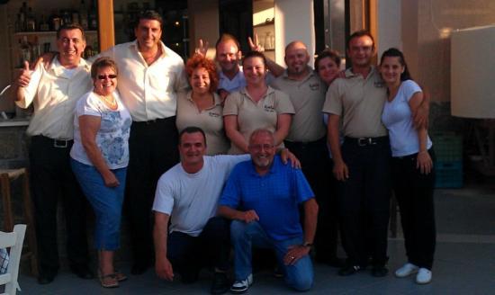 Taverna Kostas: Kostas and staff