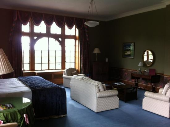 Murrayshall Country House Hotel & Golf Courses: master suite