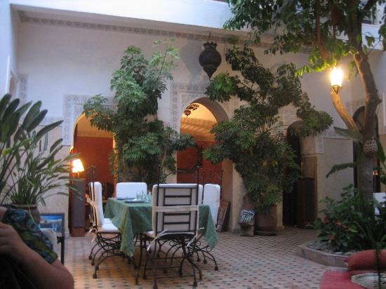 patio Riad Aguerzame