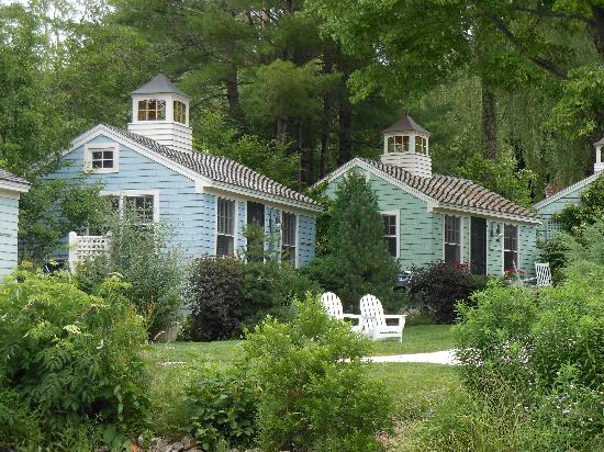 Float In - Picture of The Cottages at Cabot Cove ...