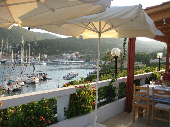 Nicolas' Taverna: From our table