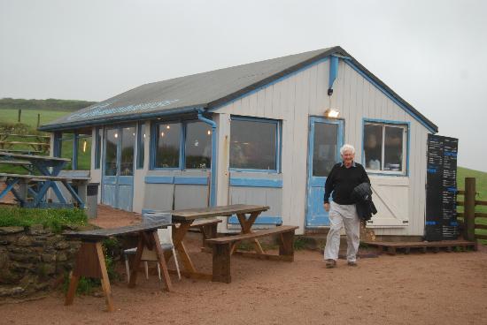 Beach House Cafe : External view of the Beachhouse