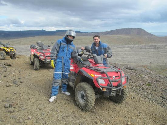 4X4 Adventures Iceland: Me and my friend