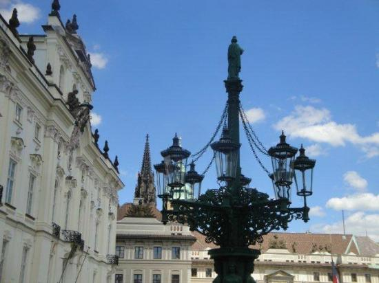 Smetana Hotel: Vue partielle du Château