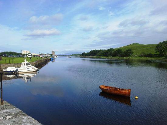 The Helm Bed and Breakfast: westport quay