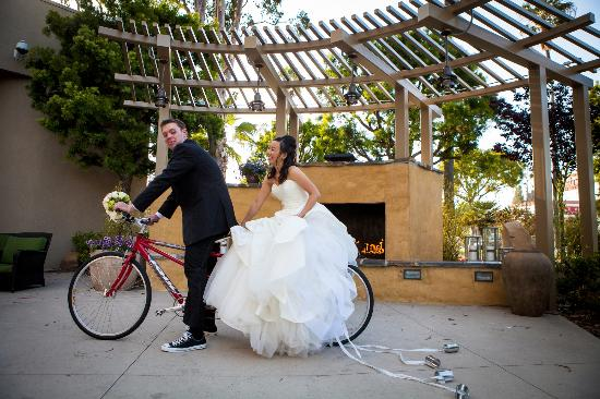 Torrance Marriott Redondo Beach: Weddings at the hotel
