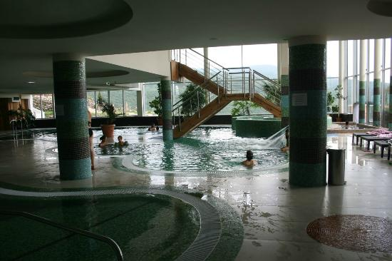 The Residence Ozon Conference & Wellness Hotel: Inside the pool area