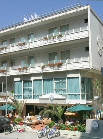 Hotel Tordi Garden