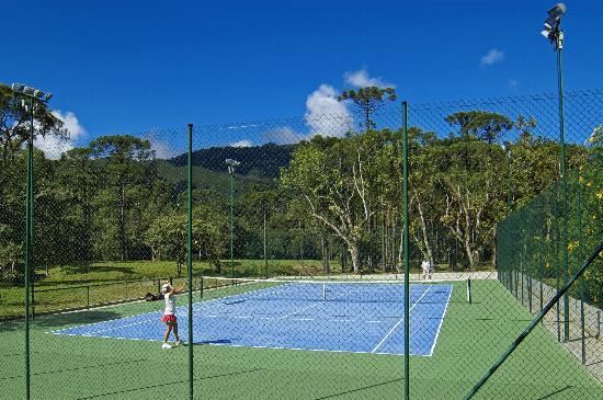Pousada Villa Acauã : Quadra de tênis