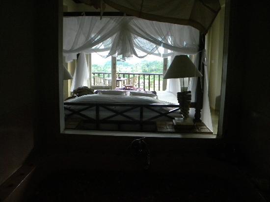 Surya Shanti Villa: Chambre