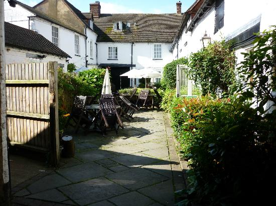 Innkeeper's Lodge: Inner courtyard for eating in fine weather.
