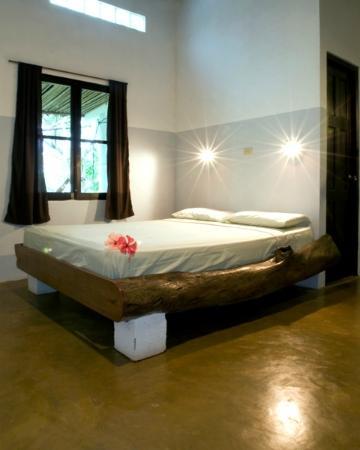 Hotel Hibiscus Garden: Guestroom 1