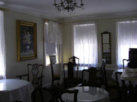 The Clarkeston: Dining room (2)