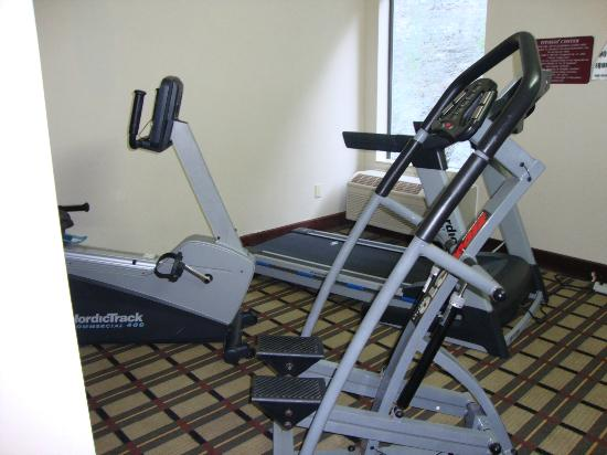 Comfort Inn  - Pittsburgh / Steubenville Pike: Fitness room