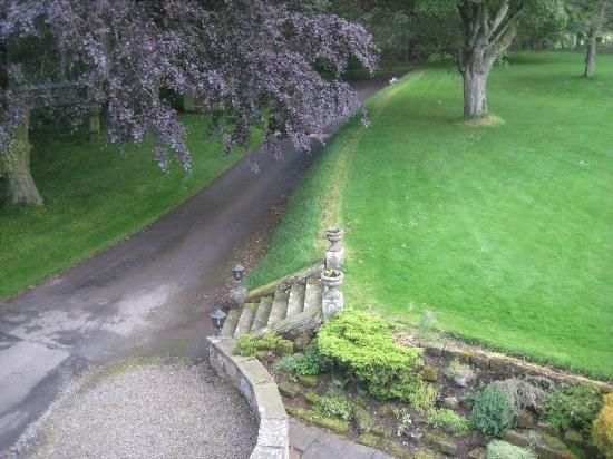 Marshall Meadows Country House Hotel: Hotel approach