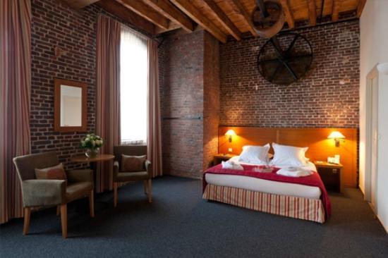 Ghent River Hotel: room river side