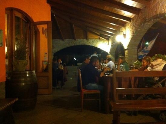 Aisone, إيطاليا: da Alessandria a Vinadio passando da Renzo