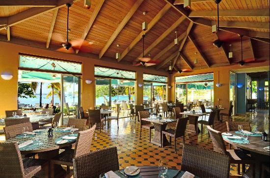Caribbean Fish Market: CFM dining room