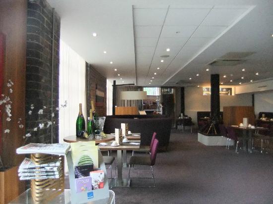 Novotel Cardiff Centre: Restaurant